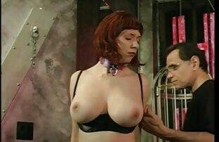یک دانلود فیلمهای سوپر باحال اسباب بازی های جنسی کمک می کند تا یک زن جوان و چاق به اوج لذت جنسی