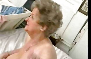 گرفتار یک زن نوجوان در حمام سکس باحال فیلم و برای فاک لزبین داشتند حرف زدند